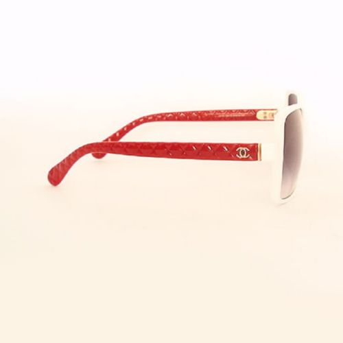 Chanel 5173 white-red black