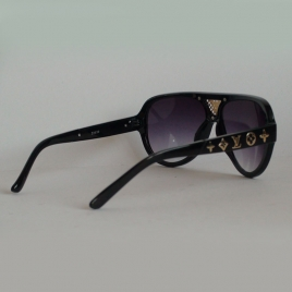 LOIS VUITTON Z0939 black